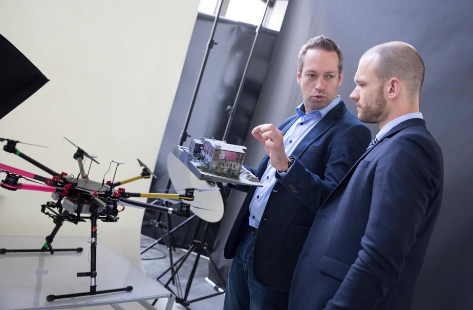 Unabhängige Fachberatung und Schlung zum Kenntnisnachweis und Drohnenführerschein im Dronecert Ausbildungszentrum in Kassel